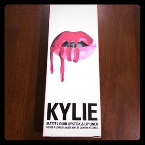 Kylie Matte Liquid Kit: Kristen 👄